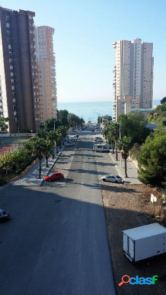 Se vende piso en poniente con 5 dormitorios y garaje a 200 metros de la playa sevendgroup.com