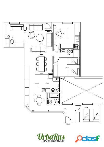 Amplio y centrico piso con garaje para reformar.
