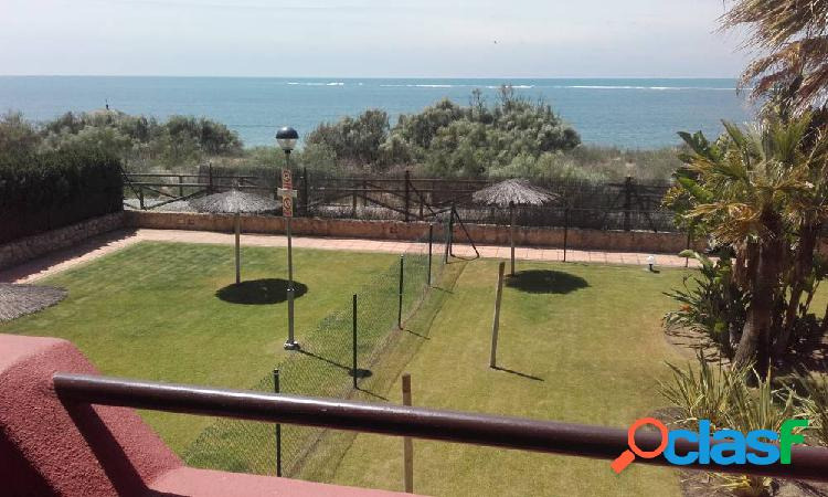 Wonderful flat close to the beach with community swimming pool