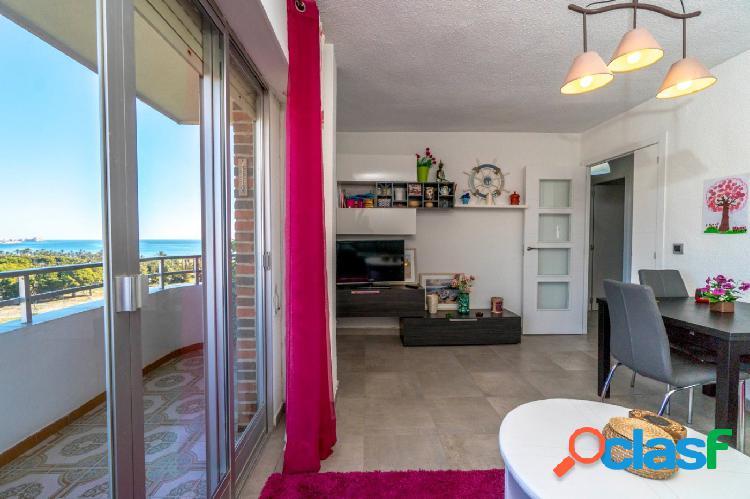Apartamento con bonitas vistas al mar situado en Rocio del Mar, Torrevieja. 1