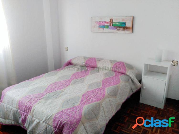 Piso zona hospital nuevo. 3 dormitorios con plaza de garaje