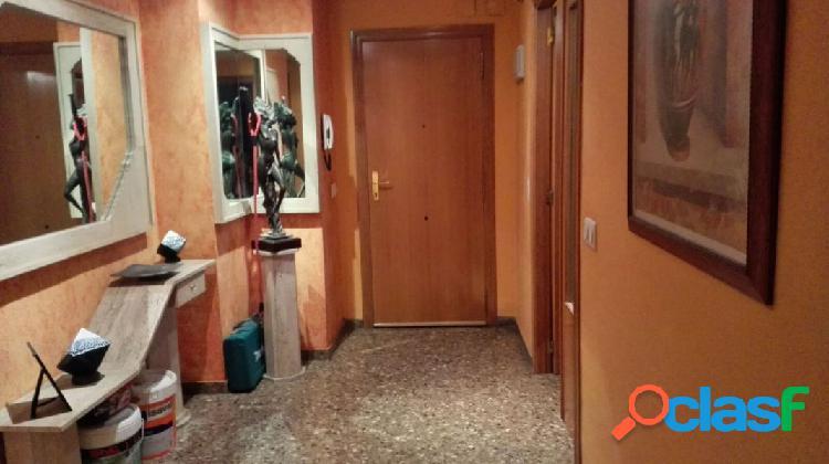 Vivienda de tres habitaciones en xirivella - tercera planta con ascensor