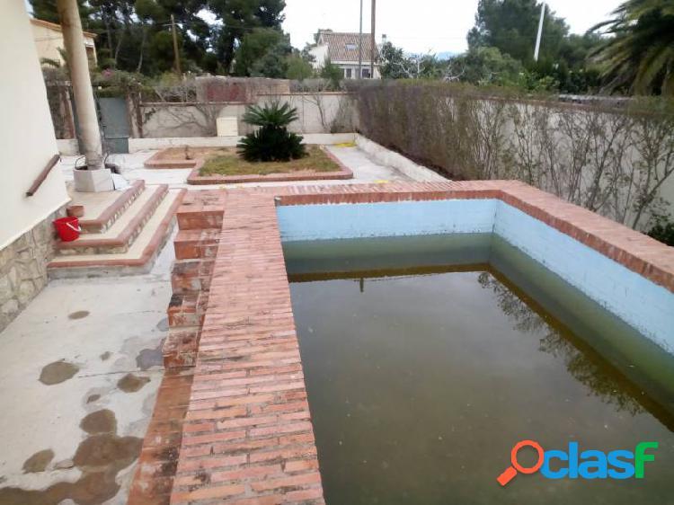 Chalet reformado de 4 habitaciones y piscina 1