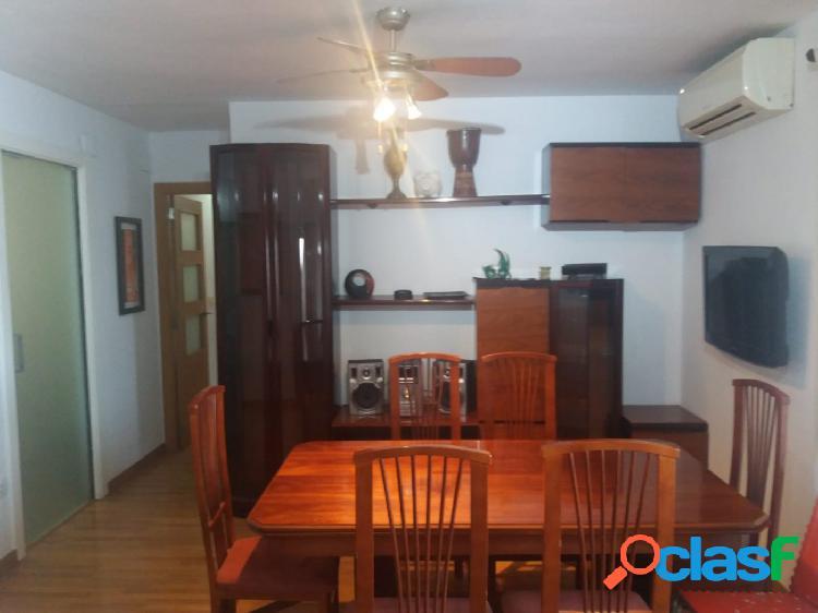 Se vende piso reformado en avenida burjassot de 3 habitaciones y 2 baños