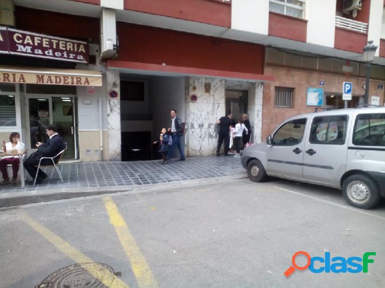 Se vende plaza de garaje pequeña en calle bilbao
