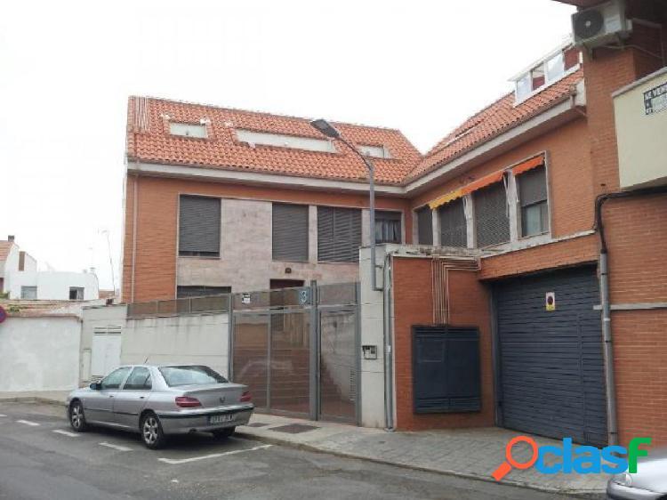 Plaza de garaje en y trastero venta en ciudad real. zona pio xii.