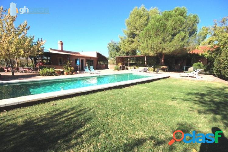 Casa familiar y complejo rural en parcela de 13.900 m2. fuente el freno, ciudad real