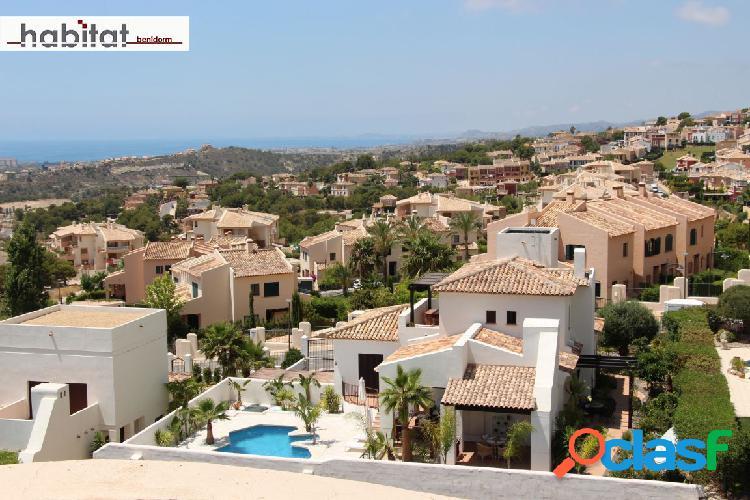 Atico duplex sierra cortina, 140 m2. 3 terrazas, vistas, calidades. 3 dorm. 2 baños y aseo. garaje