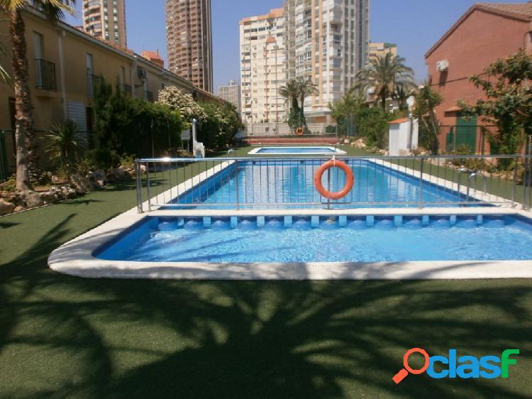 Bungalow en rincon de loix, 85 m2, mas parcela, 2 dorm. baño y aseo. urbanizacion pk piscina, tenis