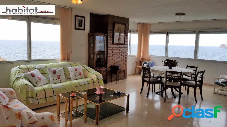 Gran apartamento con vista directamente al mar