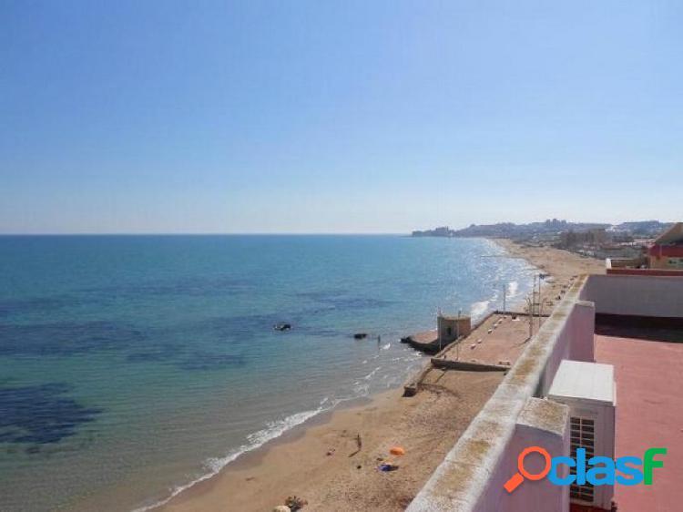 !! atico exclusivo !! en primerísima linea de la playa de la mata con vistas espectaculares al mar
