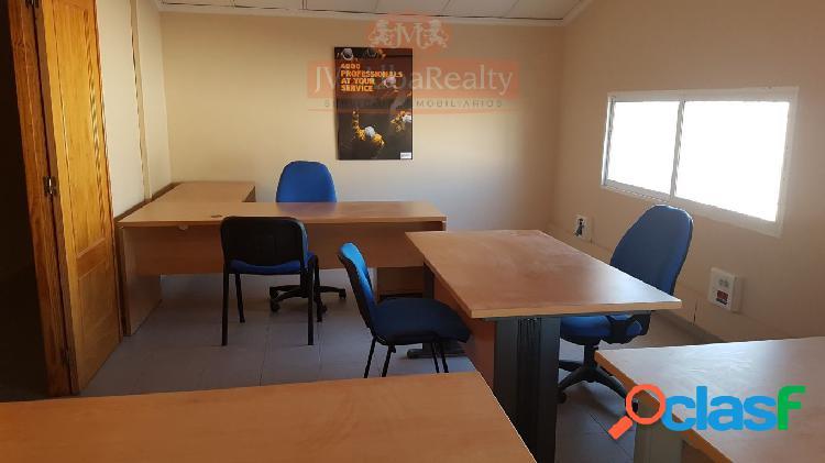 Oficinas de 150 € a 220 €, ubicadas ctra. requena km.3,5, gastos incluidos, luz,agua,internet, a.a