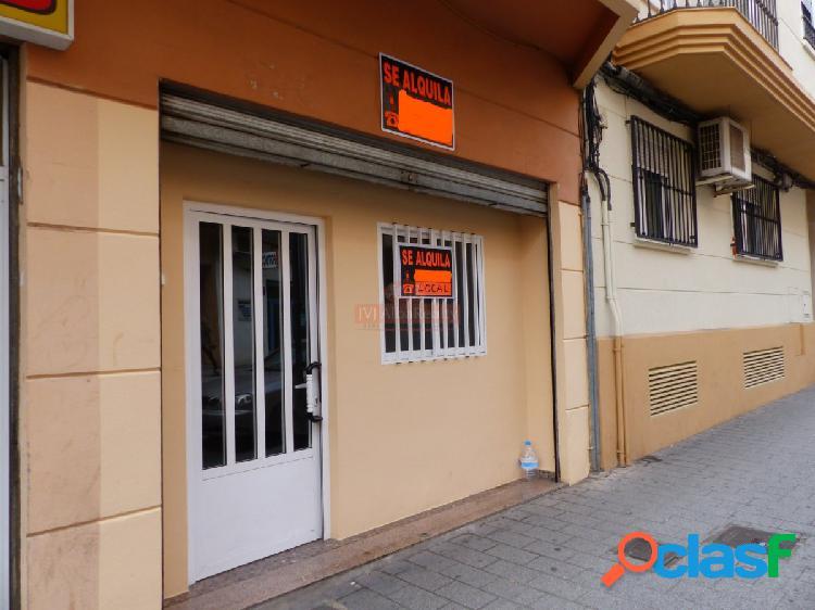 Se alquila local comercial en zona centro- carretas- eroski