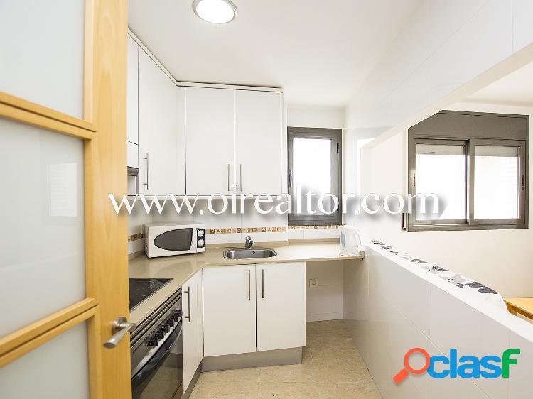 Precioso apartamento de dos habitaciones con vistas al mar en lloret de mar, costa brava