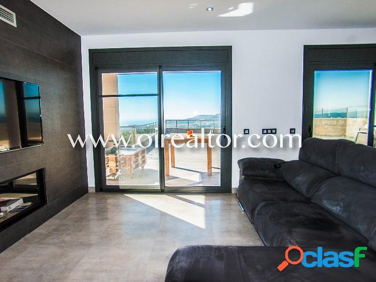 Magnifica casa moderna en venta en la urbanización Roca Grossa de Lloret de Mar 1