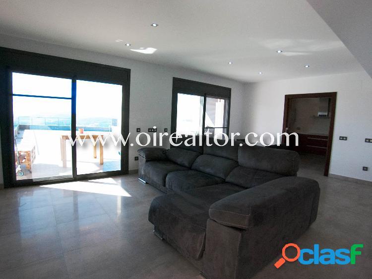 Magnifica casa moderna en venta en la urbanización Roca Grossa de Lloret de Mar 2