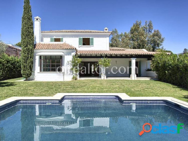 Casa en venta en la cala de mijas golf, marbella-málaga