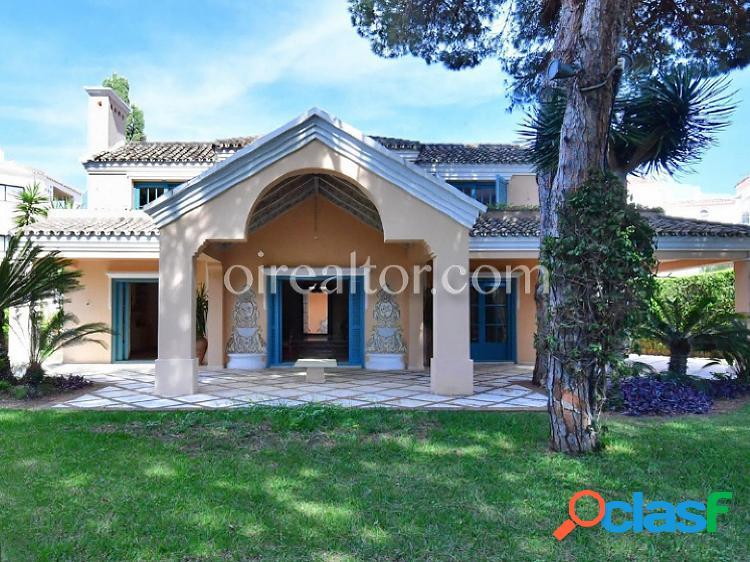 Casa en venta en Puerto Banús, Marbella-Málaga