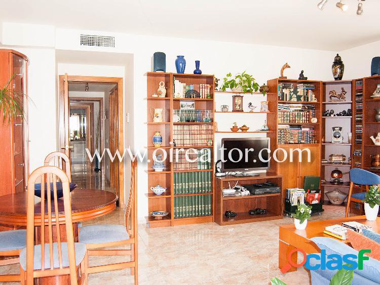 Amplio piso en venta en Fenals de Lloret de mar 3