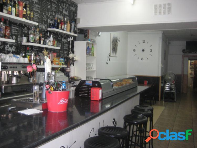 Ocasión!!!! bar en traspaso con licencia c2 en zona can serra