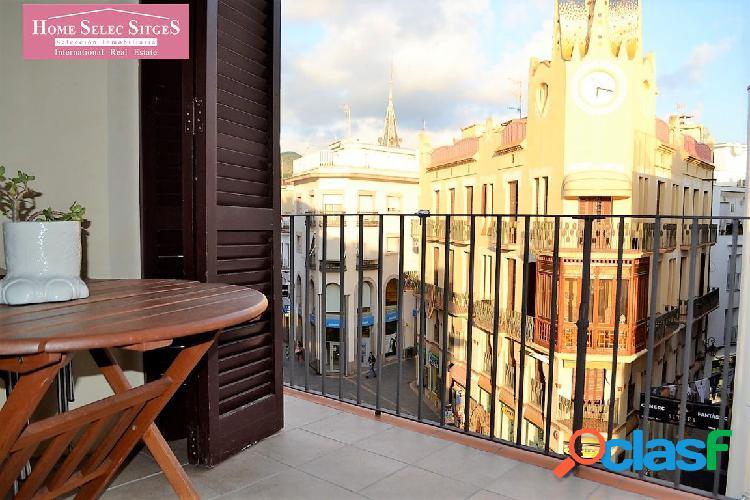 Amplio piso con terraza en el corazón de Sitges