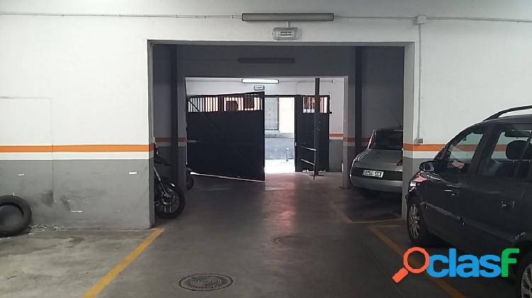 Magnifica plaza de garaje