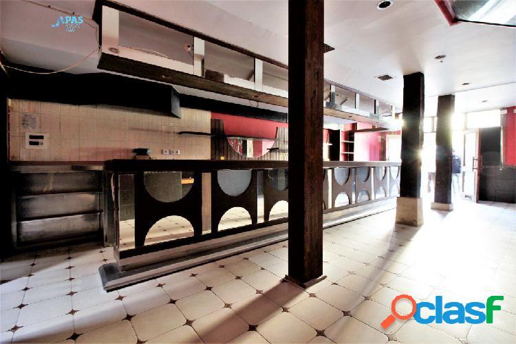 Bar la solera. c/ vargas, el sitio ideal para montar tu negocio de hostelería
