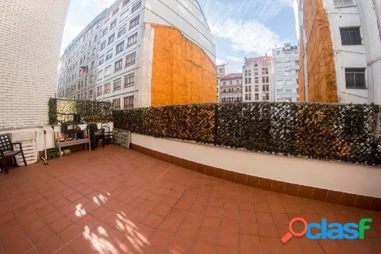 Gran piso rehabilitado 118 m2, 4 dormitorios, terraza de 30 m2, a 30 metros de uría