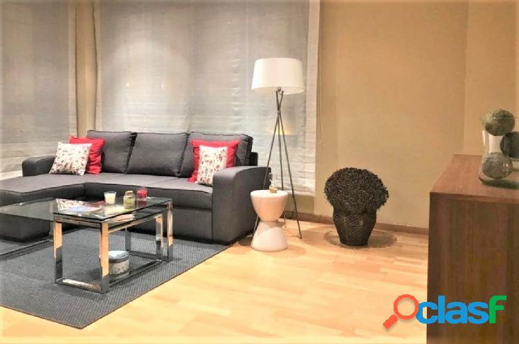 Impecable piso de 2 habitaciones con garaje y trastero