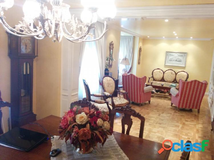Precioso piso en el centro de soria, totalmente reformado con materiales de 1ª calidad.