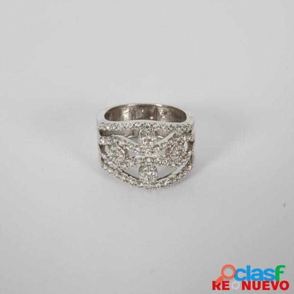 Anillo de oro blanco con diamantes de segunda mano e299042