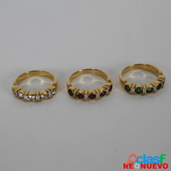 Conjunto de 3 sortijas oro con diamantes, rubães, esmeraldas e285649a