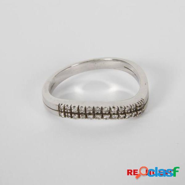 Anillo de oro blanco con diamantes de segunda mano E301156B