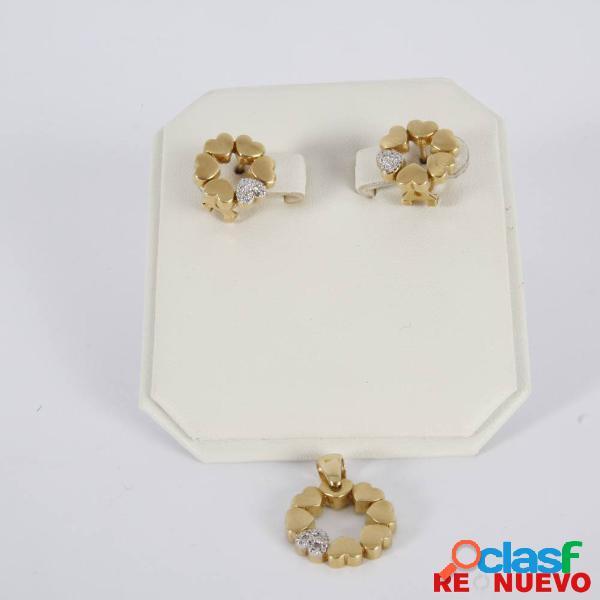Conjunto colgante y pendientes de oro de segunda mano e297721c