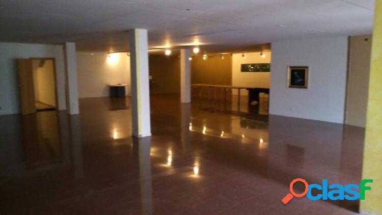 3ª planta en venta o alquiler de 312m2, diáfana en monistrol de montserrat. bages.