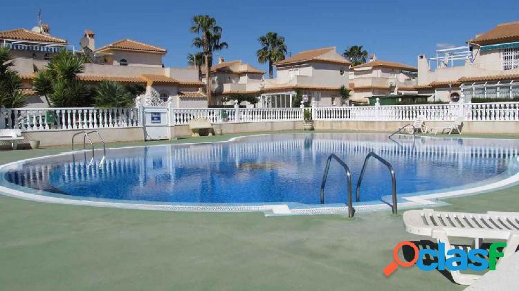 Duplex de 3 dormitorios en playa flamenca,orihuela costa