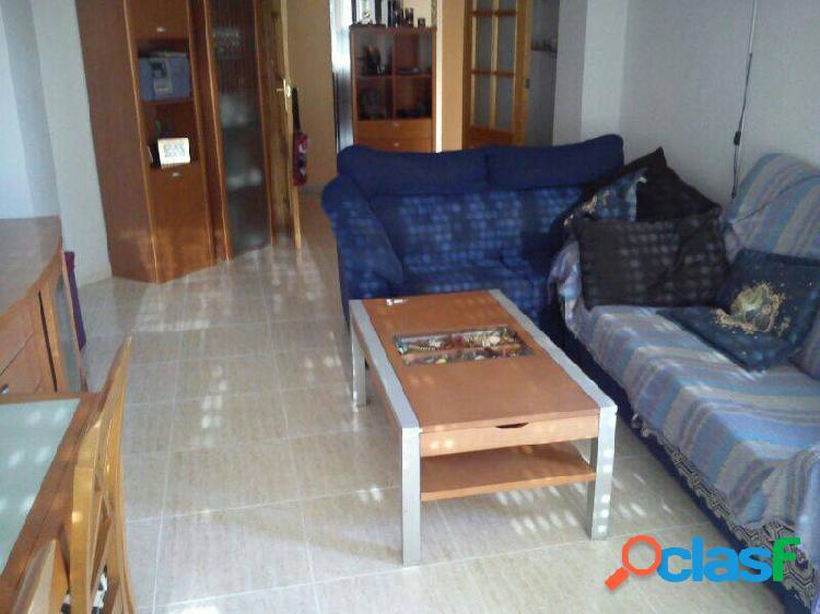 Almoradi, piso seminuevo con ascensor, 3 dormitorios, 2 baños, todo equipado, armarios empotrados, g