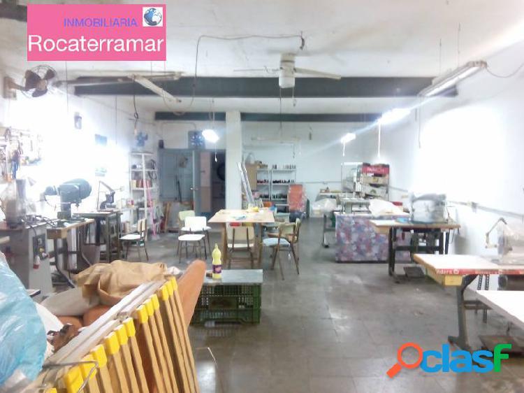 Local comercial de 150 m2 en carrús.
