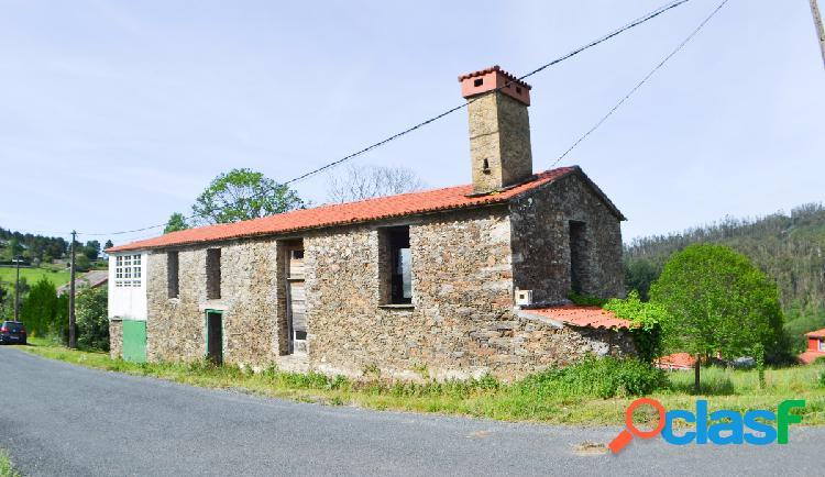 Casa tradicional en fase de reforma