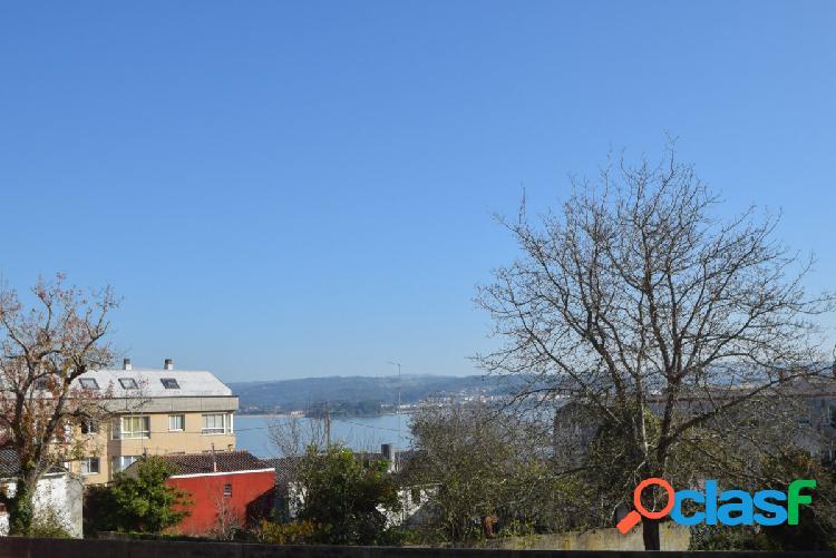 Casa en el centro de sada con vistas al mar