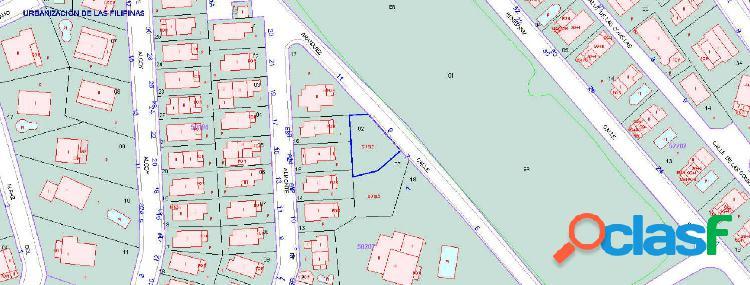 Se vende terreno urbano de 294m2 en villamartin!se puede construir ya!!