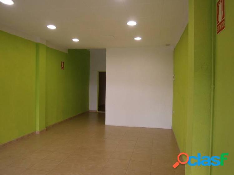 Local en pleno centro de vilanova i la geltrú, 50 m2.