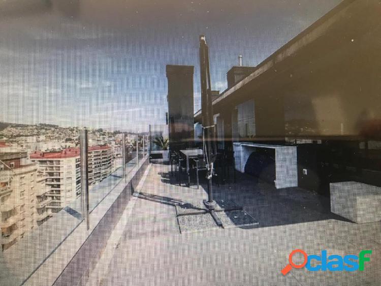 Se alquila ático duplex próximo al corte inglés con 2 plazas de garaje