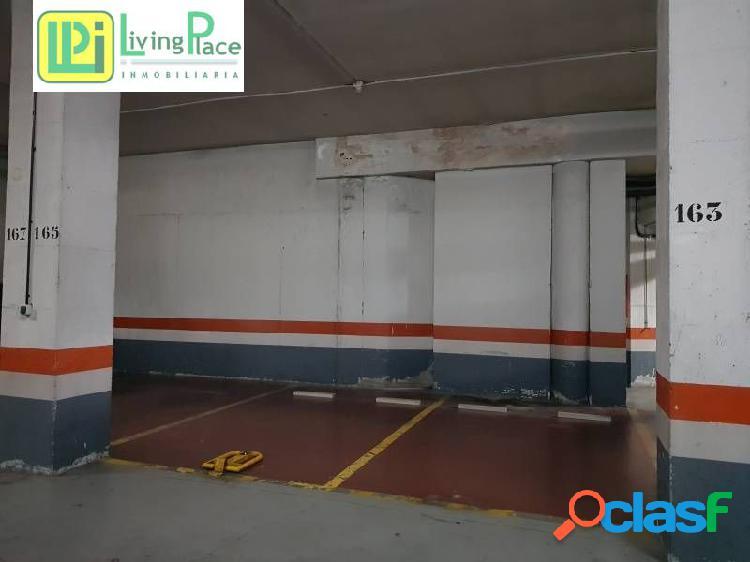 Plaza de garaje cerca de carrefour macarena