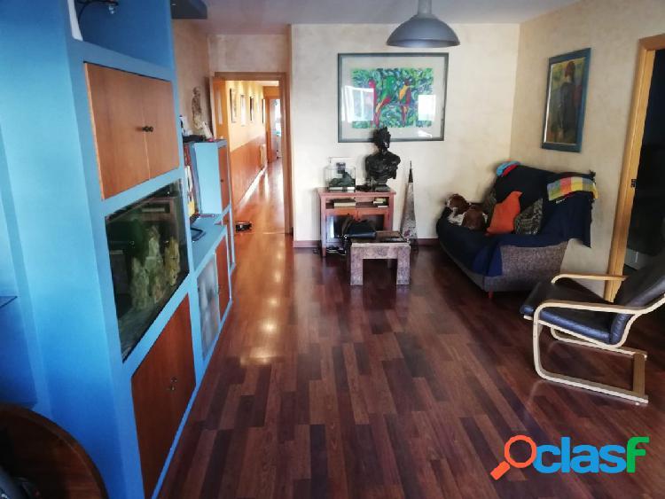 Amplio y bonito piso en alquiler