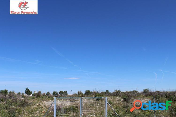 Terreno industrial de 5000m2 a la venta