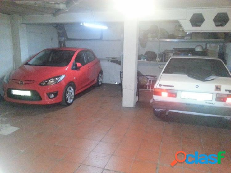 Garaje cerrado para 4 vehículos en elda, zona alfonso xiii.