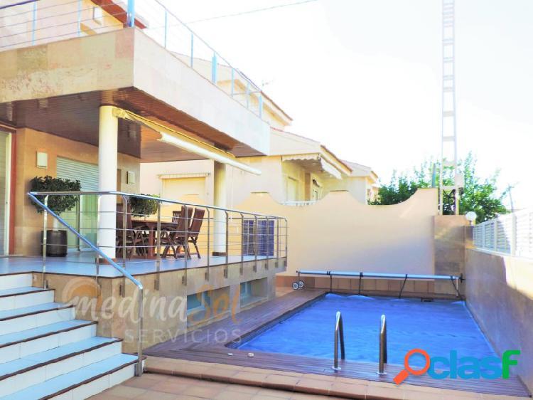 Villa independiente 6 dormitorios con piscina privada cabo palos