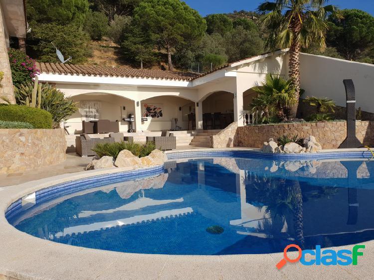 Excepcional villa con vistas panoramicas en pau, els olivars