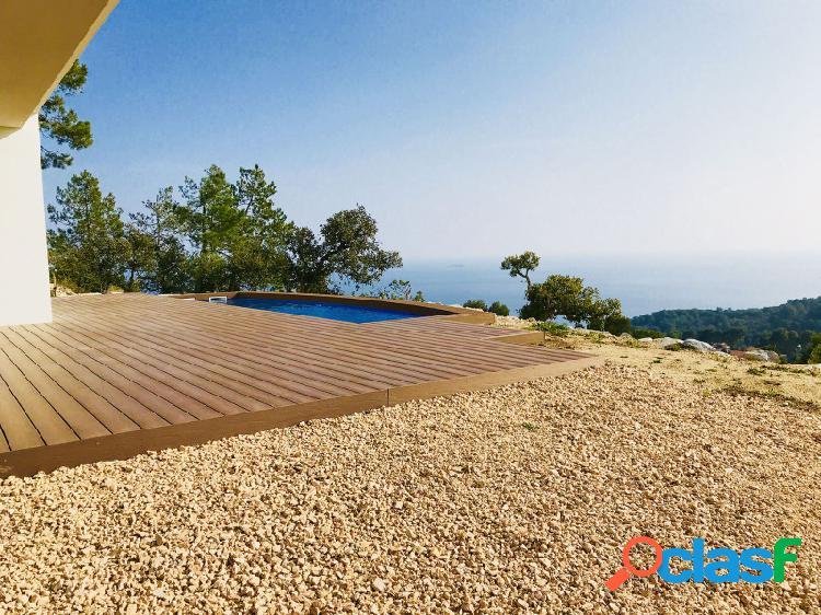 Villa nueva gran lujo y diseño con vistas 180º al mar